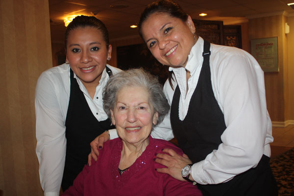 glen cove senior personals About us exceptional services, enthusiastic staff in our beautiful three-story building our dedicated staff and extraordinary volunteers plan, develop and coordinate programs and services for older residents in glen cove and its surrounding communities.